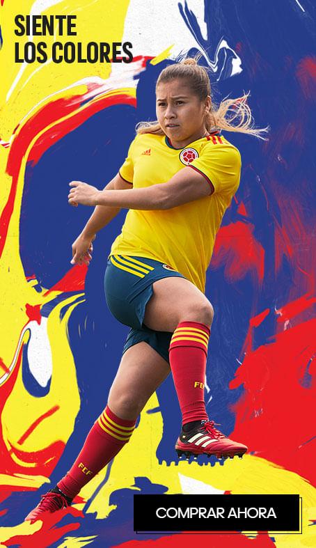 Leicy Santos, jugadora de la Selección Colombia Femenina de Mayores con camiseta selección colombia mujer y uniforme de la FCF. Productos de la Federación Colombiana de Fútbol para mujer.